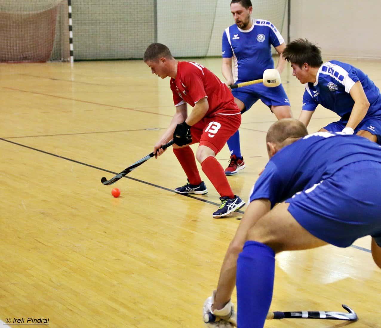 Start ekstraklasy halowego hokeja