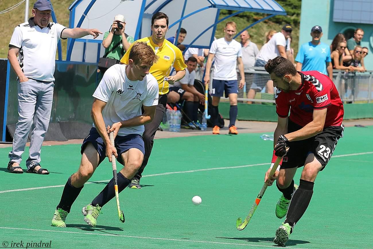 Superliga hokeja na trawie finiszuje